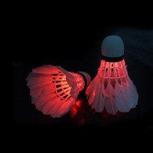 런웨이브 야광 LED 셔틀콕 깃털 2P 야간 배드민턴공 야광 깃털셔틀콕2P