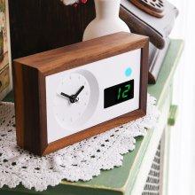 타임데코 미세먼지 측정 탁상시계 [원목시계/아날로그/무소음시계/집들이선물]